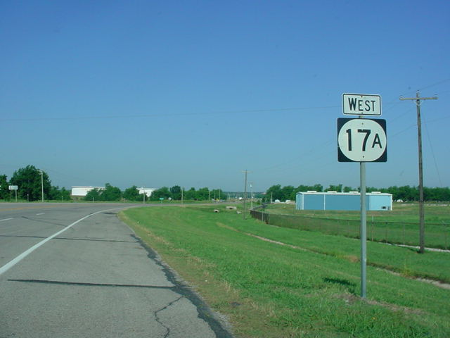 OK 17A West assurance shield west of U.S. 77