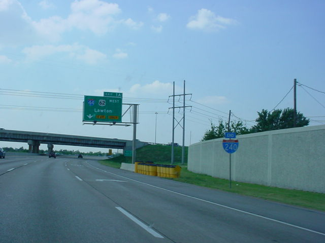 Interstate 240 West approaching Interstate 44