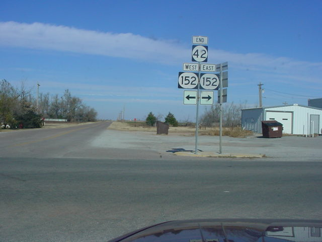 OK 42 North at OK 152